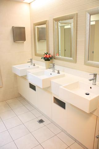 SBC - female toilet (sml)